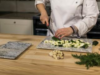 Verde Marina – Naturalna kompozycja szarości w Twojej kuchni