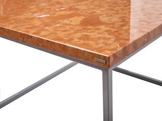 Stolik do salonu Rosso Verona z marmurowym blatem